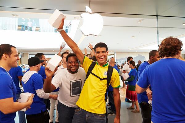 Apple abre tienda Brasil
